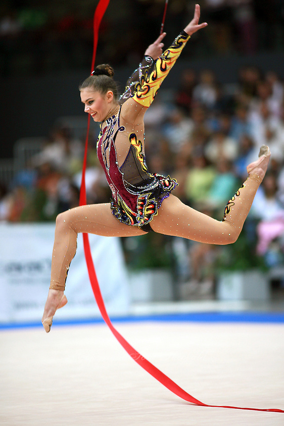 2007 PORTIMAO WORLD CUP RHYTHMIC GYMNASTICS.. | Tom Theobald
