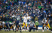 Ben Roethlisberger #7 of the Pittsburgh Steelers communicates with the offensive line in the second half against the Seattle Seahawks during the game at CenturyLink Field on November 29, 2015 in Seattle, Washington. (Photo by Jared Wickerham/DKPittsburghSports)