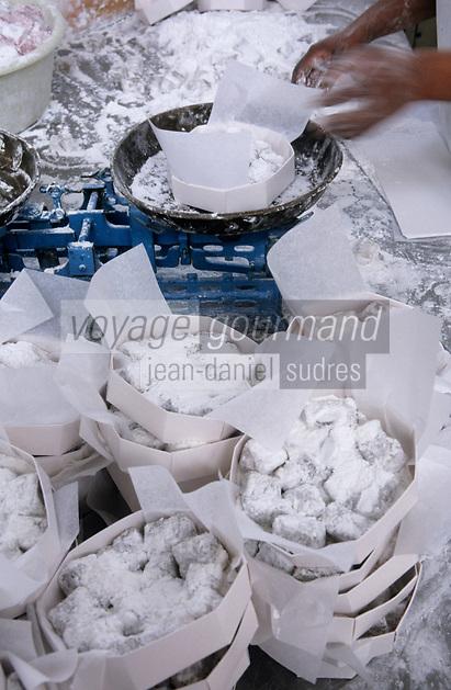 """Europe/Chypre/Env de Paphos/Yeroskipos : Fabrication artisanale des loukoums chez """"Arsinoe"""""""