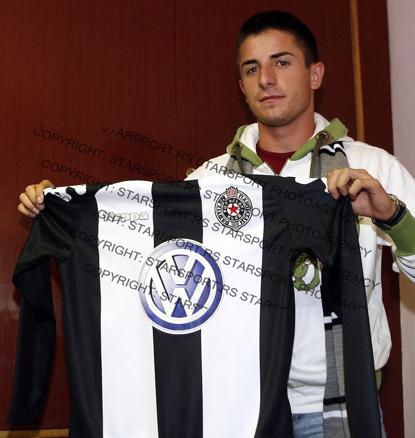 Fudbal, novo pojacanje FK Partizana.Zoran Tosic, mladi reprezentativac Srbije.Beograd, 06.08.2007..foto: Srdjan Stevanovic