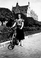 A bicycle driver in Ghent in 1938 (Belgium, 1938)