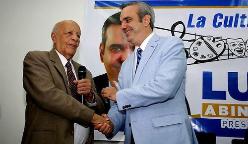 El coronel constitucionalista Manuel García Germán y Luis Abinader