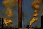 High dissipation and pollution rates in the Hainan Industrial District of Wuhai City. Inner Mongolia. March 12, 2005