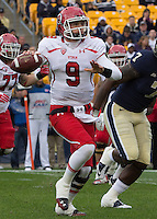 Utah quarterback Jon Hays (9).The Utah Utes defeated the Pitt Panthers 26-14 at Heinz Field, Pittsburgh, Pennsylvania on October 15, 2011.
