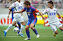 Tatsuya Yazawa (FC Tokyo), ?O?H????/Ryuhei Niwa (Sagan),.MAY 20, 2012 - Football / Soccer :.2012 J.League Division 1 match between F.C.Tokyo 3-2 Sagan Tosu at Ajinomoto Stadium in Tokyo, Japan. (Photo by Hitoshi Mochizuki/AFLO)