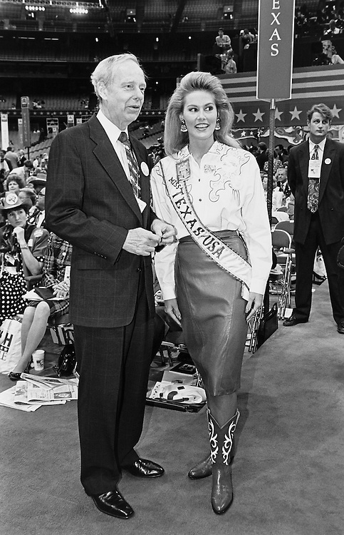 Fred Meyer and Ange Sisic at the GOP Convention. (Photo by Laura Patterson/CQ Roll Call)