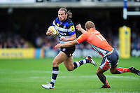 Max Clark of Bath Rugby goes on the attack. Aviva Premiership match, between Bath Rugby and Newcastle Falcons on September 10, 2016 at the Recreation Ground in Bath, England. Photo by: Patrick Khachfe / Onside Images