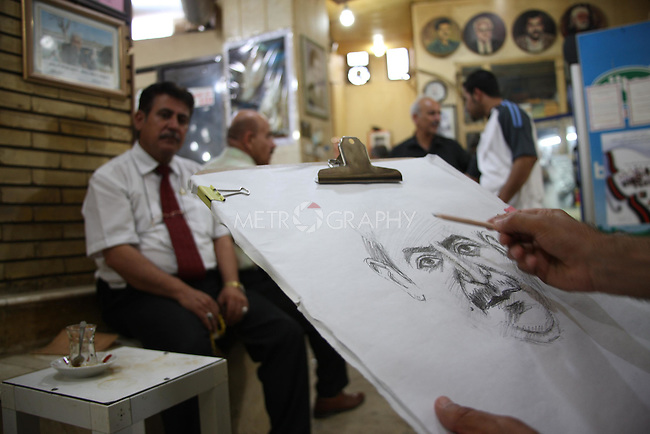 Mahmoud Mohamed Salh, is a portrait artist in Shab Cafe in Sulaymaniyah. Mahmoud, a former Pesh Merga fighter, does not own a house and is not married. He lives in his brother's house on the outskirts of Sulaymaniyah. Mahmoud draws portraits for $4.