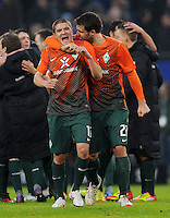 FUSSBALL   1. BUNDESLIGA   SAISON 2011/2012   22. SPIELTAG Hamburger SV - Werder Bremen       18.02.2012 Aleksandar Ignjovski (li) und Sokratis Papastathopoulos (SV Werder Bremen) jubeln nach dem Abpfiff