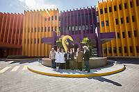 Querétaro, Qro. 6 de enero de 2016. La Unión Ganadera Regional de Querétaro hizo un donativo al Hospital Infantil Teletón de Oncología por 282 mil pesos.  Al término de la entrega, la directora Lourdes Vega Vega ofreció un recorrido a la presidenta de la Unión. Foto: Alejandra L. Beltrán / Obture Press Agency.
