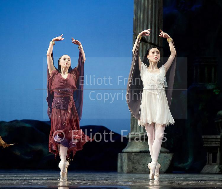 Sylvia<br /> Birmingham Royal Ballet <br /> choreography by David Bentley <br /> at the Birmingham Hippodrome, Birmingham, Great Britain<br /> rehearsal <br /> 23rd June 2015 <br /> <br /> Momoko Hirata as Sylvia (right) <br /> <br /> <br /> <br /> artists of the Birmingham Royal Ballet <br /> <br /> <br /> <br /> Photograph by Elliott Franks <br /> Image licensed to Elliott Franks Photography Services