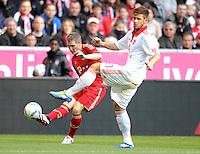 FUSSBALL   1. BUNDESLIGA  SAISON 2011/2012   11. Spieltag FC Bayern Muenchen - FC Nuernberg        29.10.2011 Bastian Schweinsteiger (li, FC Bayern Muenchen) gegen Marvin Plattenhardt (1 FC Nuernberg)