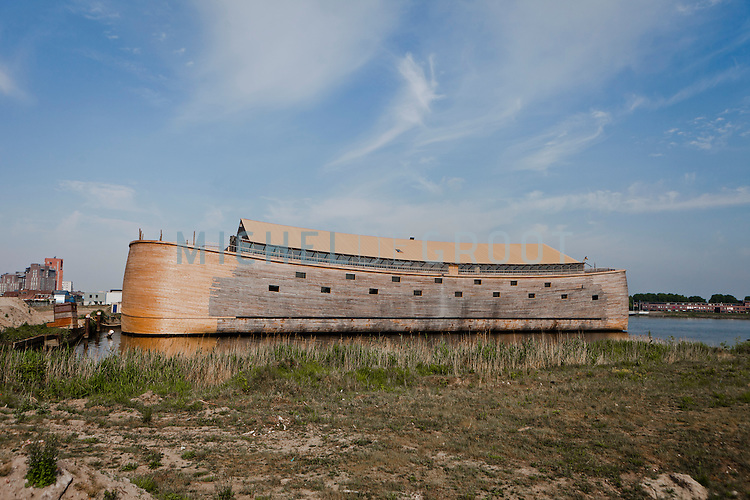 pictures full size replica of noahs ark