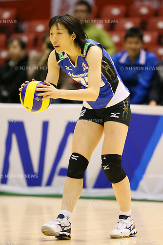 Mizuho Ishida (Springs), <br /> DECEMBER 13, 2013 - Volleyball : <br /> 2013 Emperor's Cup and Empress's Cup <br /> All Japan Volleyball Championship women's match <br /> between Hisamitsu Springs 3-1 Hitachi Rivale <br /> at Tokyo Metropolitan Gymnasium, Tokyo, Japan. <br /> (Photo by YUTAKA/AFLO SPORT)