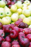FRUITS-VEGETABLES: Fresh Apples
