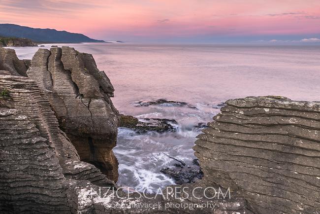 Weathered limestone formations in Punakaiki at sunrise, Paparoa National Park, Buller Region, West Coast, New Zealand, NZ
