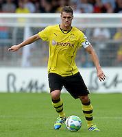 FUSSBALL       DFB POKAL 1. RUNDE        SAISON 2013/2014 SV Wilhelmshaven - Borussia Dortmund    03.08.2013 Sebastian Kehl (Borussia Dortmund) am Ball