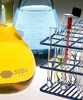 LABGLASS: FLASKS &amp; TEST TUBES<br />