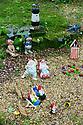 2015_05_29_gnomes_in_the_rain