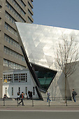 """London Metropolitan University Graduate Centre designed by Daniel Libeskind.  Exterior cladding of embossed stainless steel.  The building was awarded an RIBA prize in 2004 and the Royal Fine Art Trust's """"Jeu d'Esprit"""" award 2005."""