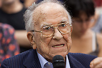 Santiago Carrillo, the historical leader of the Spanish Communist Party, dies today in Madrid