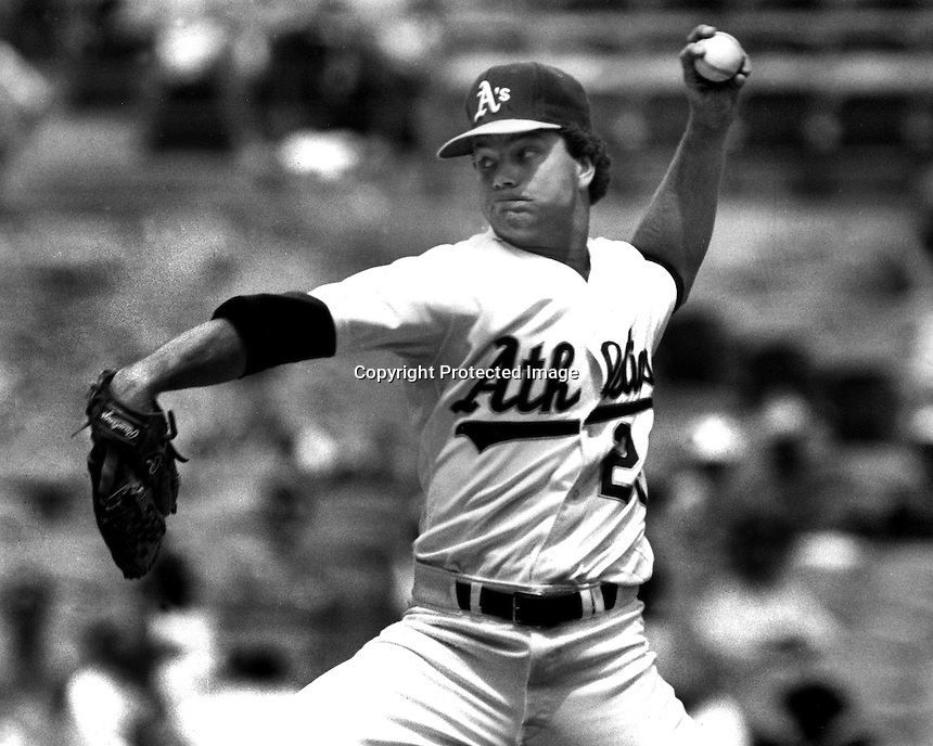 Oakland Athletic pitcher Curt Young (1991 photo by Ron Riesterer/photoshelter)
