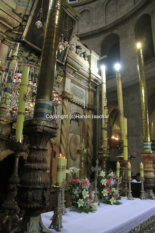 Israel, Jerusalem, the feast of Corpus Christi at the Church of the Holy Sepulchre, th altar