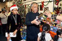 Rev. Al Sharpton & NAN celebrate Christmas serving the Community