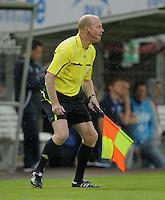 Fussball 1. Bundesliga 2011/2012  Testspiel   13.07.2011 Stuttgarter Kickers - VfB Stuttgart Schiedsrichterassistent Jan Hendrik Salver