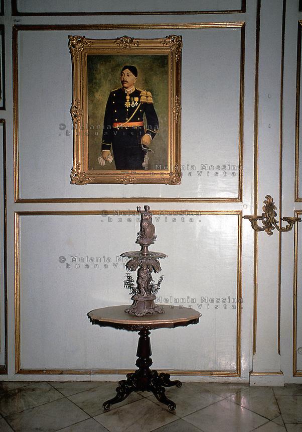 Indonesia, Java island, Yogyakarta: The Sultan's palace (kraton), interiors detail.<br /> Indonesia; Giava, Yogyakarta: Il palazzo del Sultano denominato KRATON, dettagli degli interni.