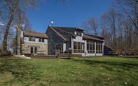 78 Hampton, Delmar NY - Maria Barr