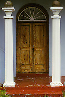 Bermuda columns door arched window ..