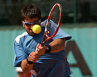Janko Tipsarevic (SRB) against Albert Montanes in the first round of the Men's Singles. Tipsarevic beat Montanes 3-6 7-6 7-6 6-4..Tennis - French Open - Day 2 - Mon 25th May 2009 - Roland Garros - Paris - France.Frey Images, Barry House, 20-22 Worple Road, London, SW19 4DH.Tel - +44 20 8947 0100.Cell - +44 7843 383 012