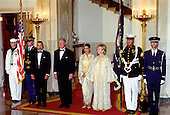 Traditional &quot;Grand Staircase&quot; photo prior to the receiving line at the State Dinner in Honor of King Mohammed VI of Morocco in the Grand Foyer the White House in Washington, DC on June 20, 2000.  (L-R) King Mohammed VI of Morocco; U.S. President Bill Clinton; HRH Princess Lalla Meryem; and First Lady Hillary Rodham Clinton.<br /> Credit: Ron Sachs / Pool