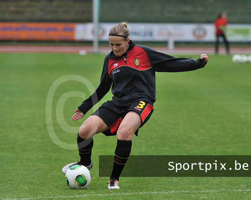 20131013 - BAMBERG , GERMANY :  Belgian Jana Janssens pictured during the female soccer match between Switzerland Women U17 and Belgium U17 , in the second game of the Elite round in group 6 in the UEFA European Women's Under 17 competition 2013 in the Fuchs Park Stadion - Bamberg  Sunday 13 October 2013. PHOTO DAVID CATRY