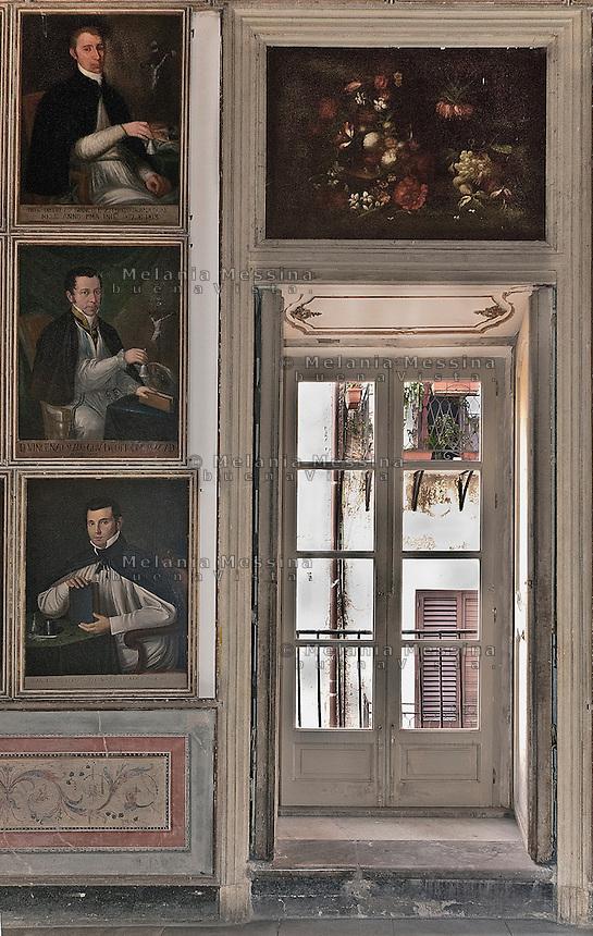 Palermo, oratory of Santa Cita, detail of the anti-oratory in which there are numerous portraits of the Governors the Company of Santa Cita.<br /> <br /> Palermo,oratorio di Santa Cita, dettaglio dell'anti-oratorio in cui sono numerosi ritratti dei Governatori della Compagnia di Santa Cita.