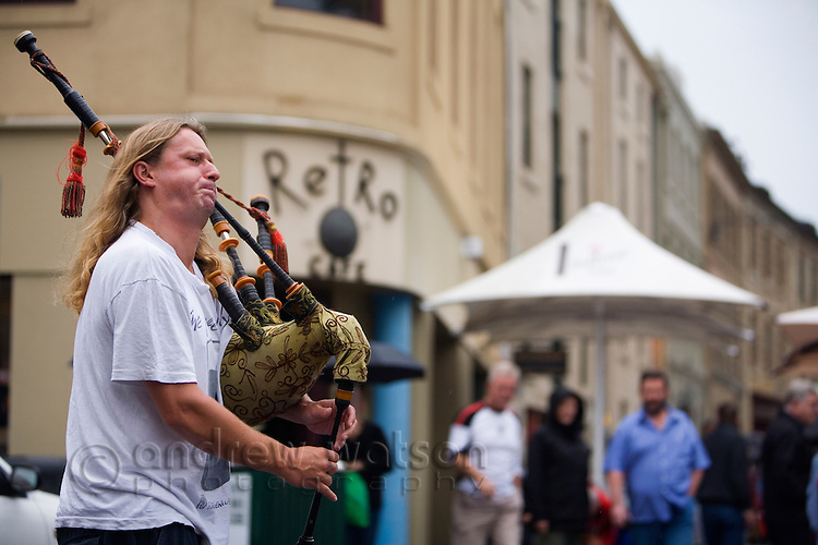 Street performer at the Salamanca Market in Hobart, Tasmania, Australia