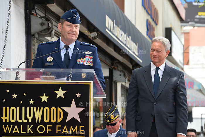 Robin Rand &amp; Gary Sinise at the Hollywood Walk of Fame star ceremony honoring actor Gary Sinise. Los Angeles, USA 17 April  2017<br /> Picture: Paul Smith/Featureflash/SilverHub 0208 004 5359 sales@silverhubmedia.com