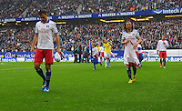 FUSSBALL   1. BUNDESLIGA   SAISON 2012/2013    34. SPIELTAG Hamburger SV - Bayer 04 Leverkusen                      18.05.2013 Heiko Westermann und Petr Jiracek (v.l., beide Hamburger SV) sind enttaeuscht