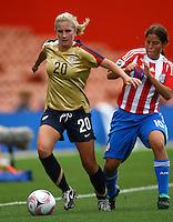 Olivia Klei (USA) gets infront of Ana Fleitas (PAR).FIFA U17 Women's World Cup, Paraguay v USA, Waikato Stadium, Hamilton, New Zealand, Sunday 2 November 2008. Photo: Renee McKay/PHOTOSPORT