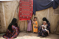 Tuesday 07 July, 2015: Displaced from the heavy fighting in Haradh bordertown are seen in Al Okashiah, a temporary settlement at the outskirts of Beni Hassan in Hajjah province, Northwest of Yemen. (Photo/Narciso Contreras)