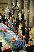 Washington, DC - January 20, 2009 -- The head table while Obama shakes hands before the luncheon at Statuary Hall in the U.S. Capitol in Washington DC following Barack Obama's swearing in as the 44th President of the United States on January 20, 2009..Credit: Amanda Rivkin - Pool via CNP