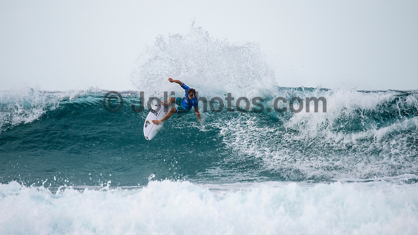Snapper Rocks, Coolangatta Queensland Australia (Sunday, March 13 2016): Conner Coffin (USA) - Round Two of the first WCT event of the year, the Quiksilver Pro Gold Coast, was called on this morning with a number of top seeds hitting the water. In a day up upsets the Tour Rookies took out a good proportion of the heats with Stu Kennedy(AUS) defeating Kelly Slater (USA), Conner Coffin (USA) knowing out Kai Otton and Ryan Callinan  (AUS) eliminating Jordy Smith (ZAF) The event was put on hold for over 4 hours while organisers waited for conditions to improve. The surf was in the 3'-4' range most of the day.Photo: joliphotos.com