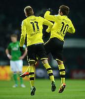 FUSSBALL   1. BUNDESLIGA   SAISON 2012/2013    18. SPIELTAG SV Werder Bremen - Borussia Dortmund                   19.01.2013 Torjubel: Marco Reus (li) Mario Goetze (Borussia Dortmund) jubeln