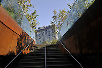 Standard Hotel part of Andre Balazs Properties, and the Highline, Manhattan, New York City, New York, USA designed by Polshek Partnership Architects