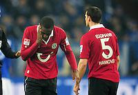 FUSSBALL   1. BUNDESLIGA   SAISON 2012/2013    18. SPIELTAG FC Schalke 04 - Hannover 96                           18.01.2013 Johan Djourou (li) und Mario Eggimann (re, beide Hannover 96) sind enttaeuscht