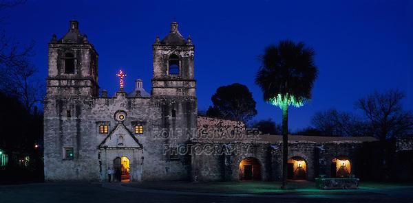 Mission Concepción at christmas time, San Antonio Missions National Historic Park, San Antonio,Texas, USA