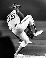 A's pitcher Vida Blue (1971 photo by Ron Riesterer)