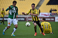 Thomas Doyle and Sam Gallagher in action during the A League - Wellington Phoenix v Newcastle Jets Game at Westpac Stadium, Wellington, New Zealand on Sunday 26 October 2014. <br /> Photo by Masanori Udagawa. <br /> www.photowellington.photoshelter.com.