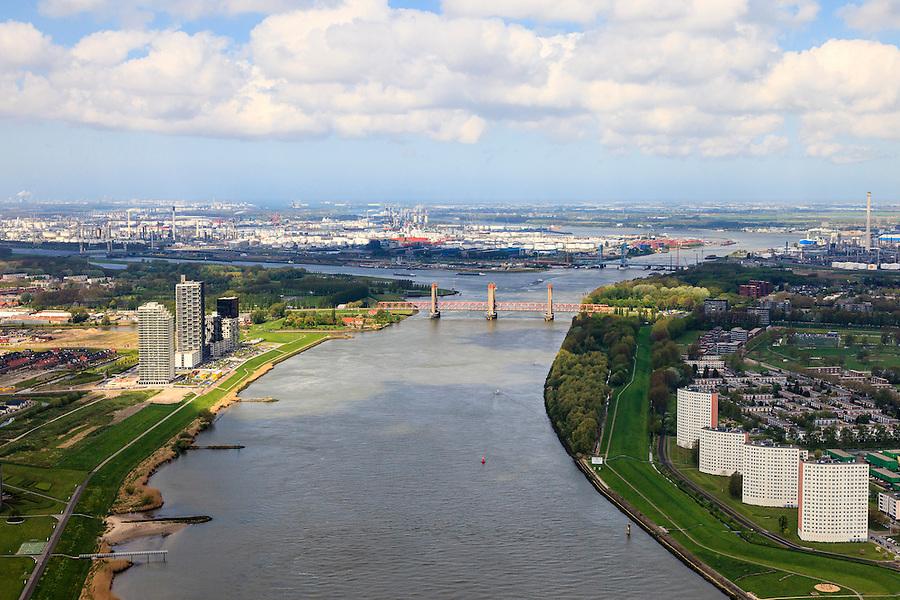 Nederland, Zuid-Holland, Rotterdam, 09-05-2013; Oude Maas tussen Spijkeniss en Hoogvliet (re). Botlek aan de horizon.<br /> River Old Meuse, Rotterdam region.<br /> <br /> luchtfoto (toeslag op standard tarieven)<br /> aerial photo (additional fee required)<br /> copyright foto/photo Siebe Swart